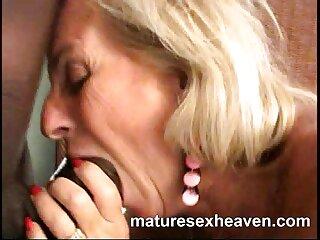 सेक्स गाउँमा Dehati grannies सेक्सी खुला र धम्की एक चक्कु संग